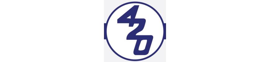 Teli, coperture, carrelli di alaggio per il 420 - Deriva per due persone dotata di randa, fiocco e spinnaker